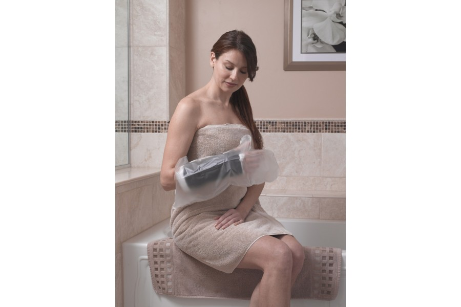 Keeps casts and bandages dry while bathing or showeringStretch tight fit eliminates the need for pum..